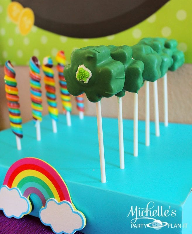 st_patricks_day_clover_cake_pops