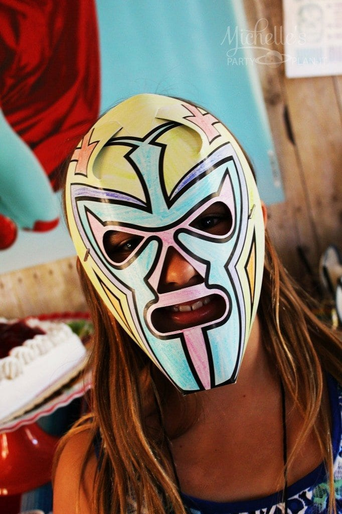 Nacho Libre Party - Color your own masks
