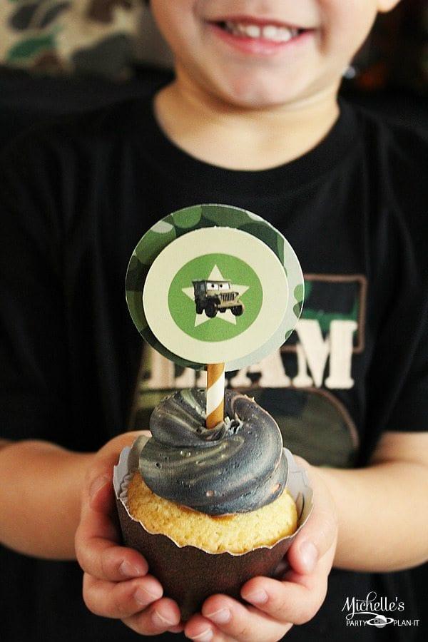 sarge-cupcake