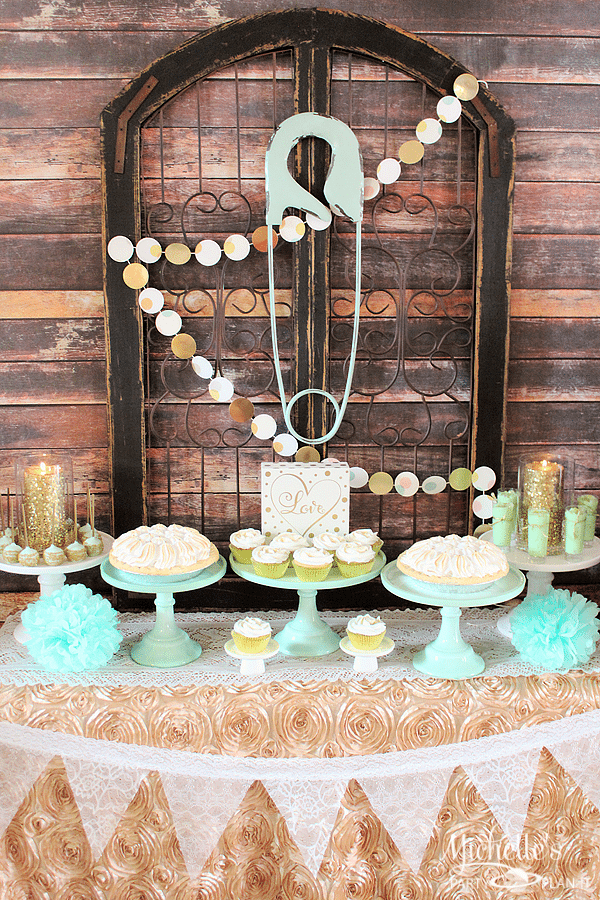 How to Plan a Mint & Gold Baby Shower
