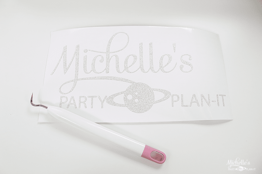 How to personalize your Cricut Explore Air 2 - weed vinyl