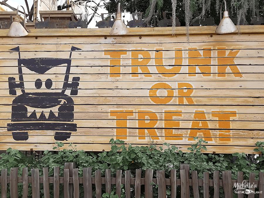 Trunk or Treat Carsland