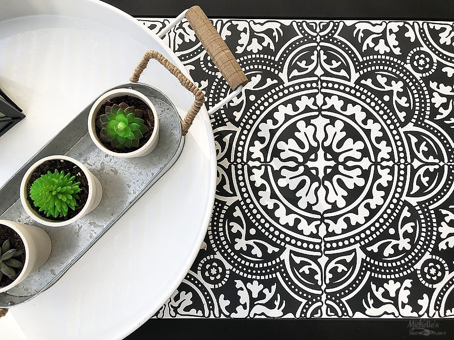 How to paint and stencil tile with vinyl and cricut
