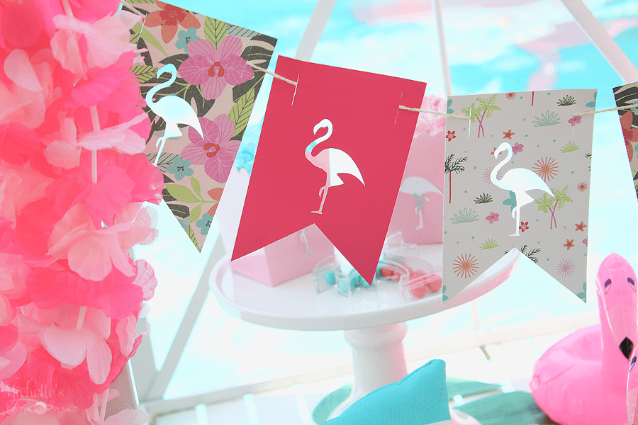 How to Slice in Cricut Design Space - DIY Flamingo Party Banner