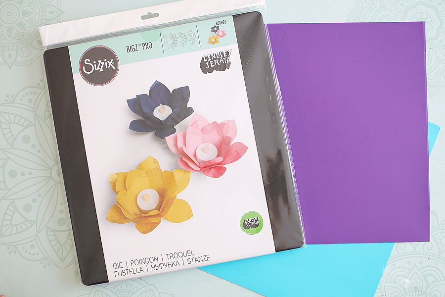 DIY paper flowers with sizzix