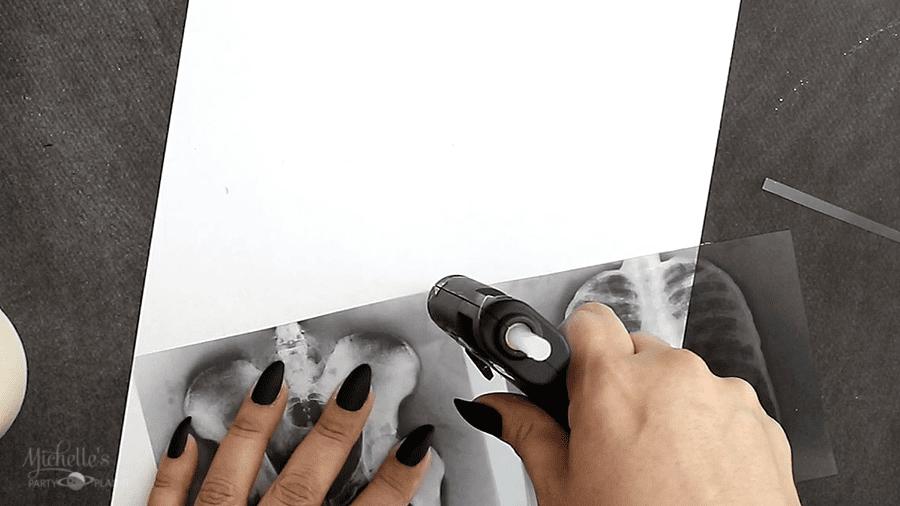 DIY XRAY HALLOWEEN CANDLE cut