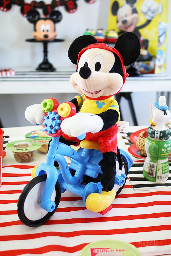 Mickey birthday party ideas 10