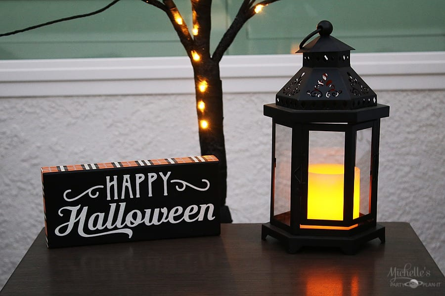 Easy Halloween Porch Sign