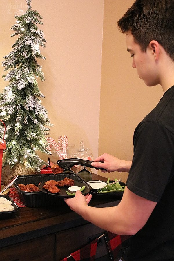 Applebees catering holiday party 10