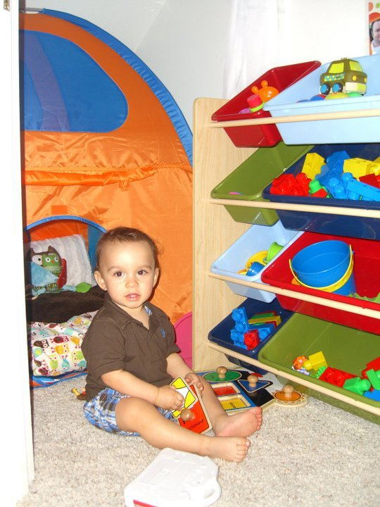 hide out play room