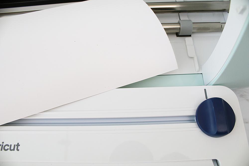 cricut roll holder cuts vinyl