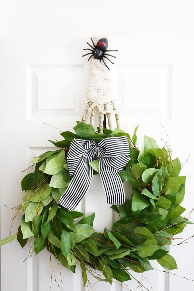 diy wreath hanger mummy small